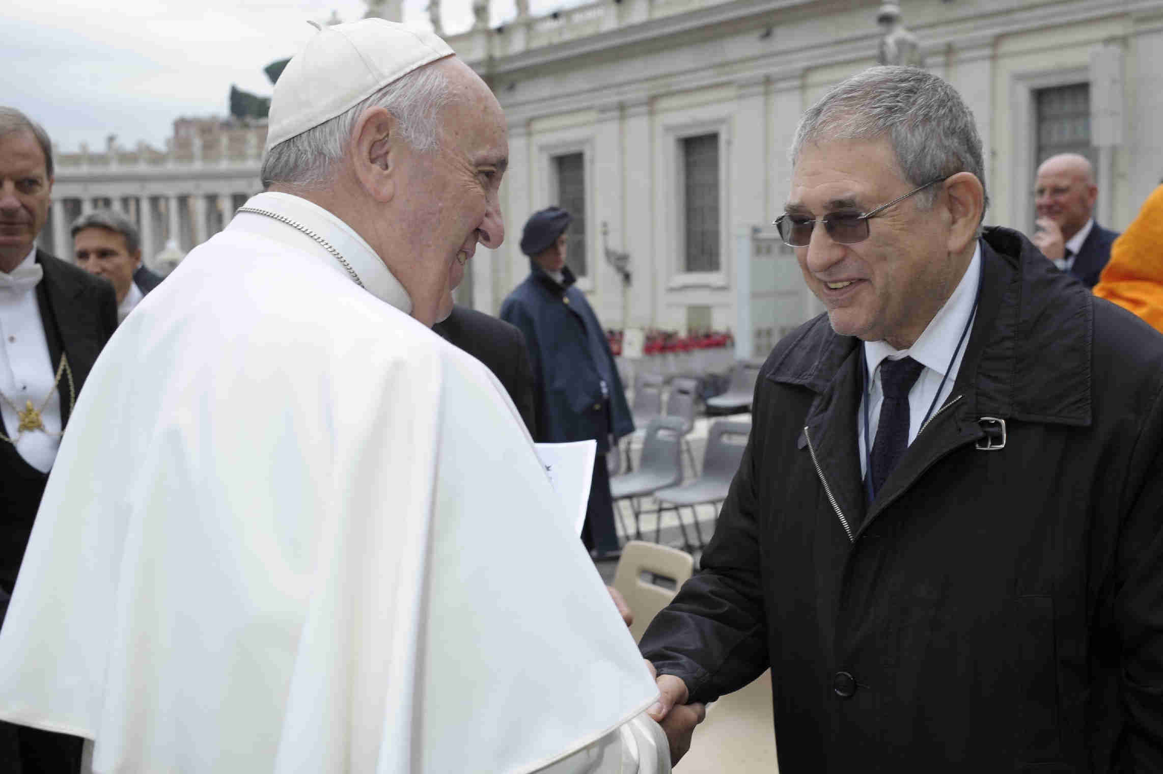 Dr. Shimon Samuels meeting Pope Francis